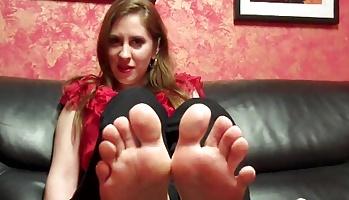 Peel my stinky socks off for me Sock Fixation